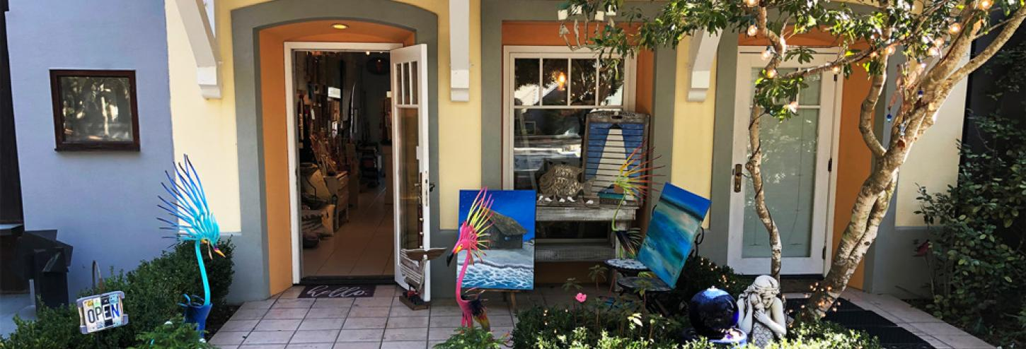 Big Mama's Hula Gallery
